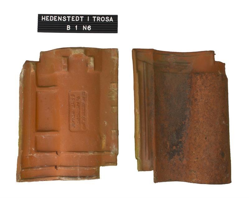 Formpressad tegelpanna från Holland